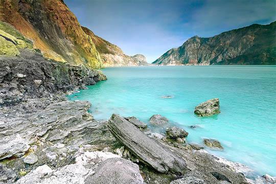 Самые красивые озера мира - необычные и удивительные 5