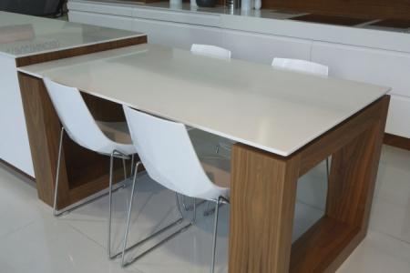Как правильно выбрать кухонный стол - эффективные рекомендации 1