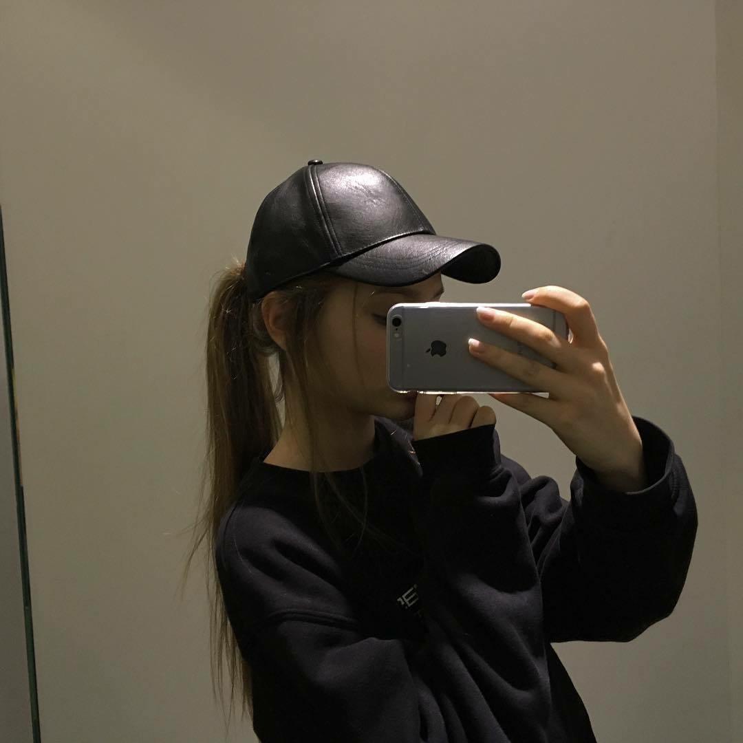 Картинки на аватарку со спины для девушек - скачать, смотреть бесплатно 2