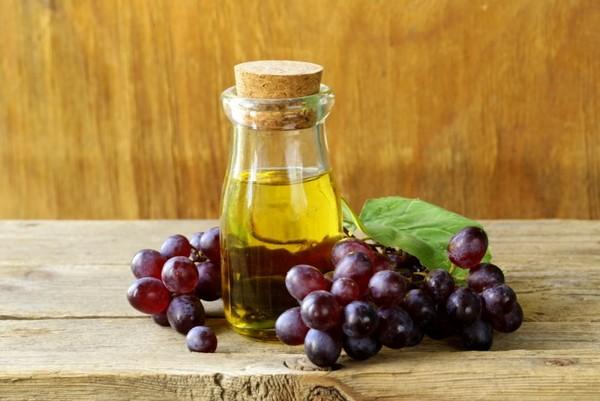 Масло виноградной косточки для кожи и лица применение, советы 2