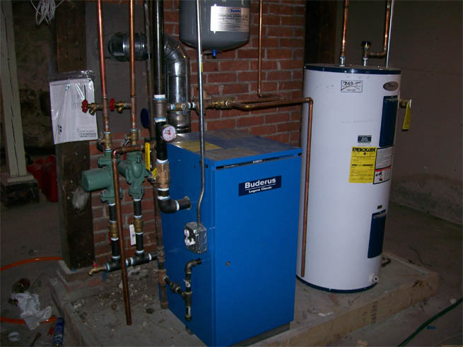 Монтаж системы отопления в коттедже своими руками. Схема и руководство 9
