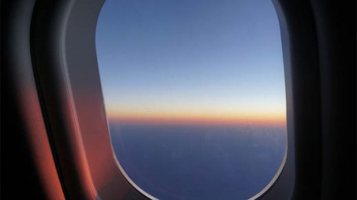 В Германии ураган сдул российский самолет с полосы для посадки 1