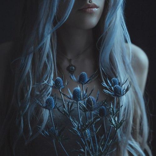 Картинки на аву девушки с красивыми волосами - самые классные 3