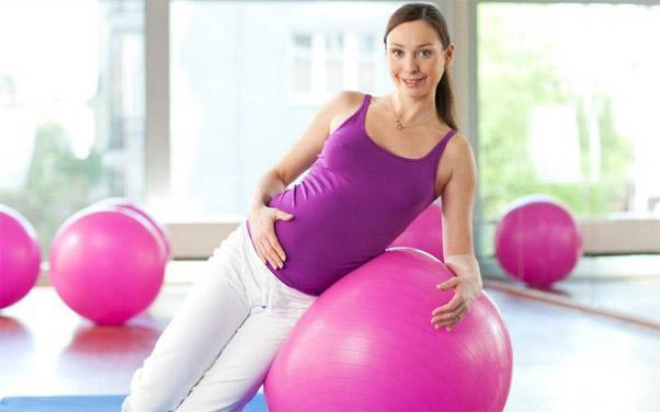 Можно ли заниматься фитнесом во время беременности - плюсы и минусы 2