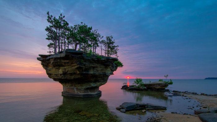 Топ-10 самых больших озер в мире - площадь и глубина, интересное 6