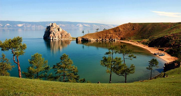 Топ-10 самых больших озер в мире - площадь и глубина, интересное 8