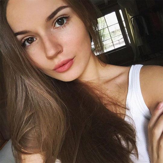 Картинки и фотографии самых красивых девушек - милая подборка №4 9