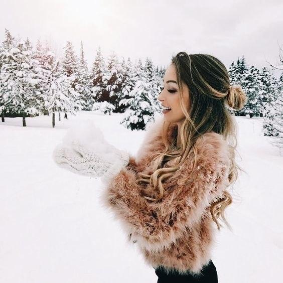 Красивые и удивительные фото девушек на аву зимой - скачать подборку 14