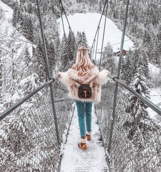 Красивые и удивительные фото девушек на аву зимой - скачать подборку 18