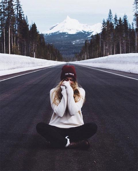 Красивые и удивительные фото девушек на аву зимой - скачать подборку 7