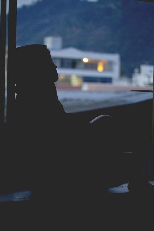Грусть и одиночество картинки на аватарку - красивые и прикольные 14