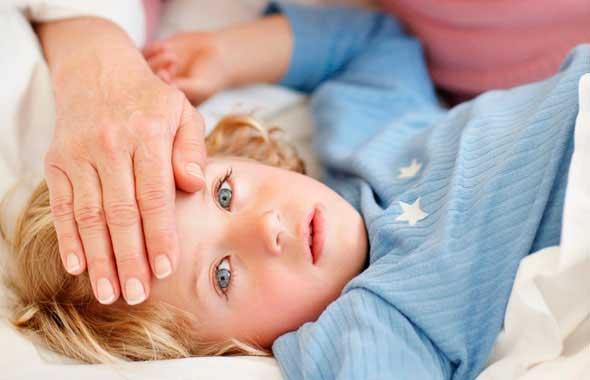 Как быстро сбить температуру у ребенка - способы и лекарства 2