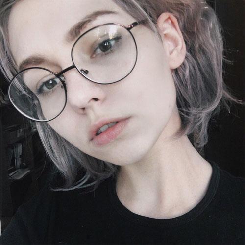Картинки девушек в очках на аву - самые прикольные и красивые 6
