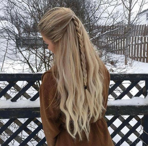 Картинки девушки зимой со спины на аву - красивые и прикольные 1
