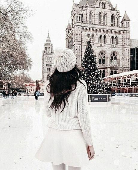 Картинки девушки зимой со спины на аву - красивые и прикольные 12