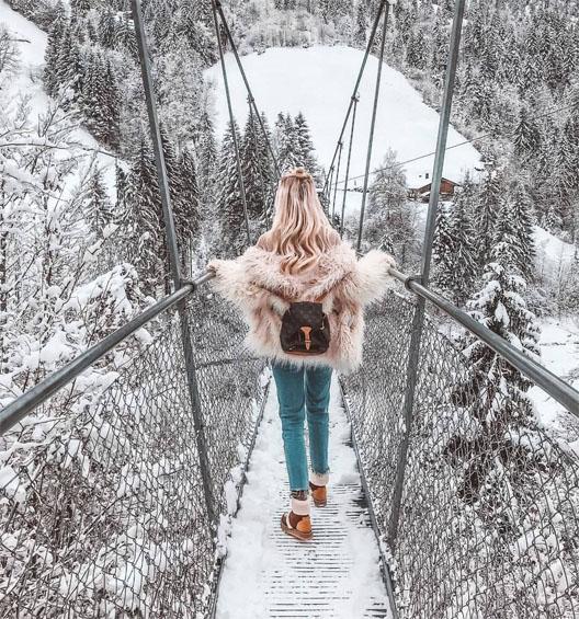 Картинки девушки зимой со спины на аву - красивые и прикольные 3