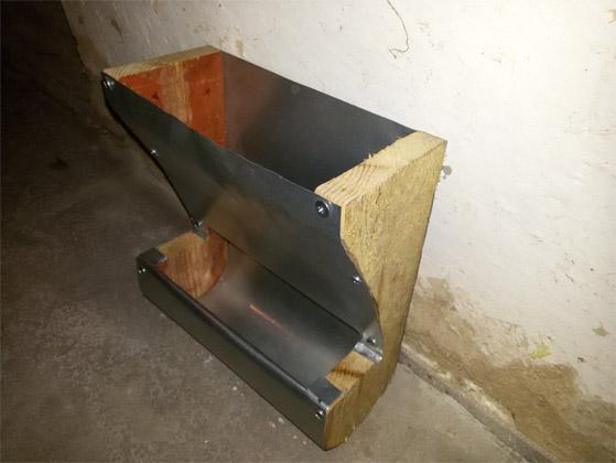 Бункерная кормушка для кроликов своими руками из трубы 52
