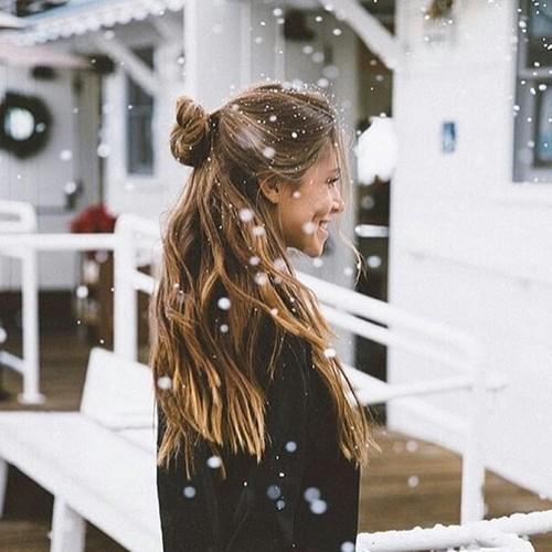 Красивые и реальные фото девушек на аву - лучшая подборка 4