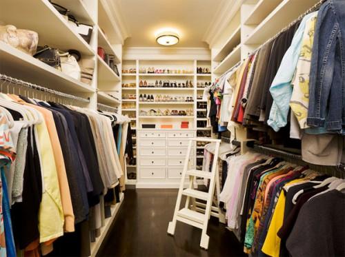 Нужна ли вентиляция в гардеробной комнате, её необходимость 1