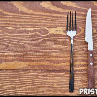 Почему на поминках нельзя пользоваться ножом и вилкой - приметы 2