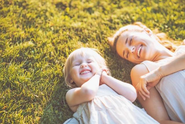 Красивые и прикольные картинки мама с ребенком - самые интересные 12