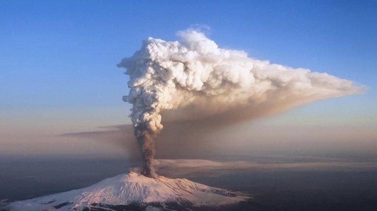 Извержение вулкана, землетрясения, лава - красивые снимки и фото 15