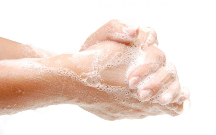 Как очистить руки от монтажной пены - чем смыть, народные средства 2