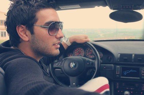 Красивые фото мужчин в очках на аватарку - лучшая подборка 9