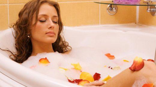 Уход за телом во время принятия водных процедур - правильная косметика 1