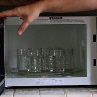 Как стерилизовать банки в микроволновке - пошаговая инструкция с видео 2