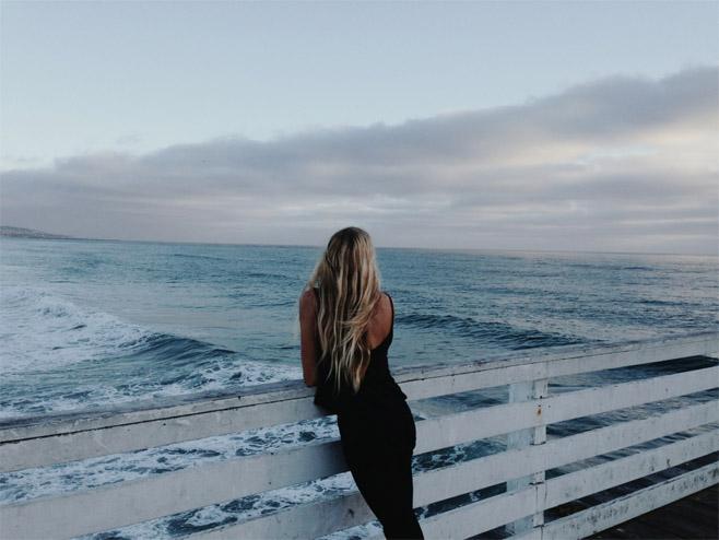 Красивые картинки на аву девушки, море, пляж, вода - подборка 17