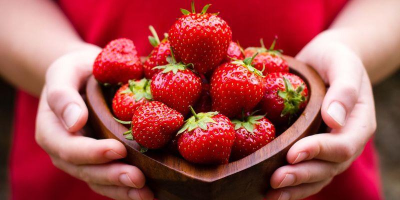 Лучшие натуральные продукты для отбеливания зубов в домашних условиях 3