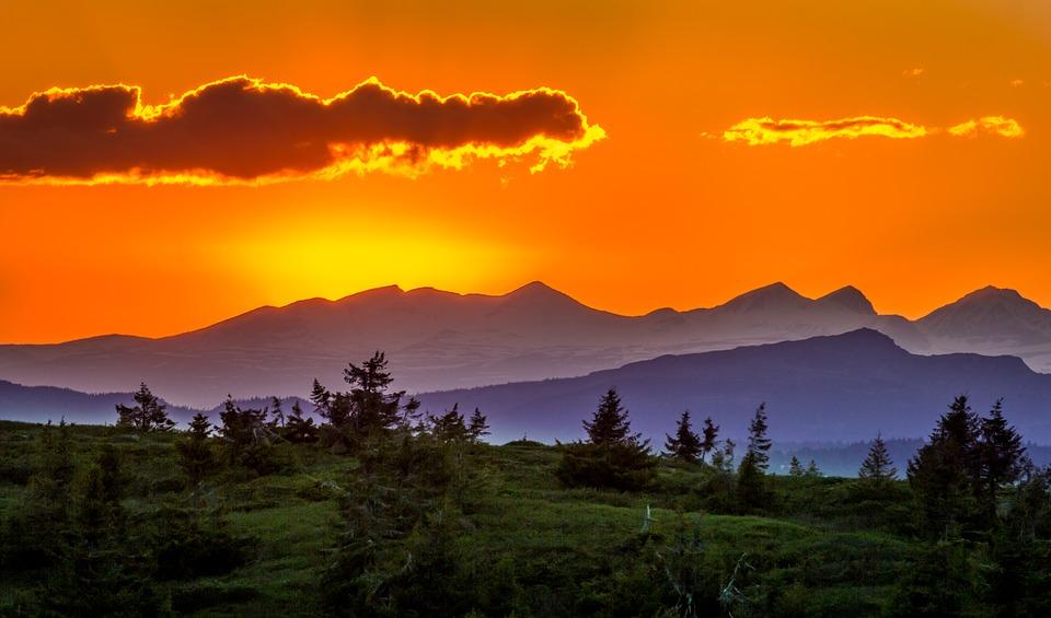 Невероятный и красивый закат Солнца летом - картинки и изображения 16