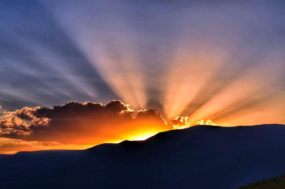 Невероятный и красивый закат Солнца летом - картинки и изображения 20