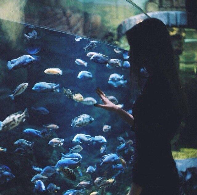 Очень красивые картинки девушки сзади на аву - подборка 6