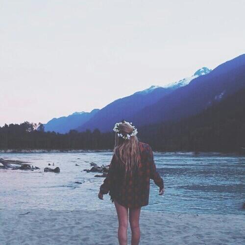 Очень красивые картинки девушки сзади на аву - подборка 8