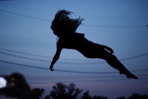 Прикольные и красивые фото на аву без лица ночью - для девушек 9