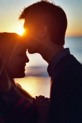 Классные картинки про любовь парня и девушки на телефон на заставку 1
