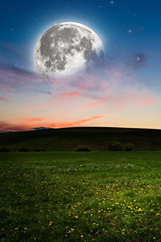 Невероятные и необычные картинки, фото луны на телефон на заставку 2