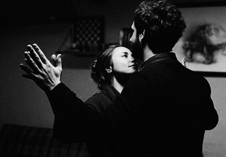 Черно-белые фото влюбленных людей, красивые пары - сборка фото 12