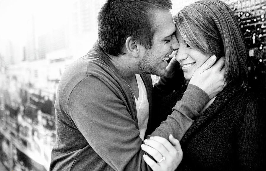 Черно-белые фото влюбленных людей, красивые пары - сборка фото 9