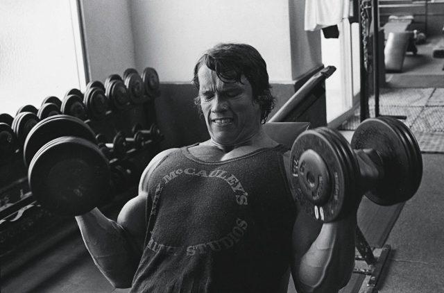 Как выглядел Арнольд Шварценеггер в бодибилдинге - фотографии 21