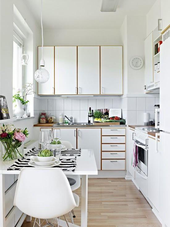 Как правильно использовать пространство в маленькой кухне 4
