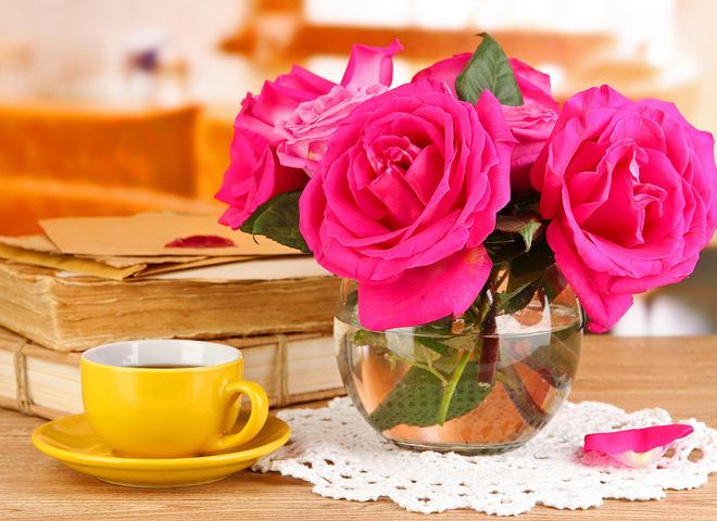 Как сохранить в вазе розы, чтобы они стояли дольше - важные советы 1