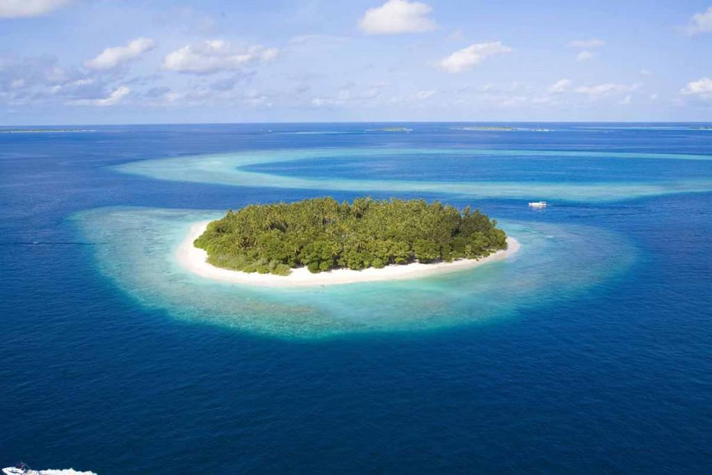 Таинственный и необитаемый остров - удивительные картинки 12