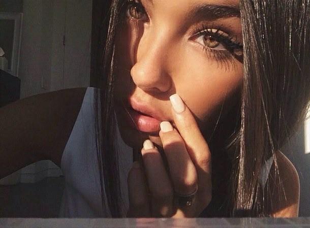 Удивительные картинки глаза девушек на аву и аватарку - подборка 11