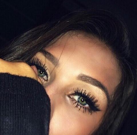 Удивительные картинки глаза девушек на аву и аватарку - подборка 15
