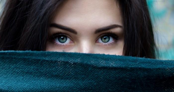 Удивительные картинки глаза девушек на аву и аватарку - подборка 9