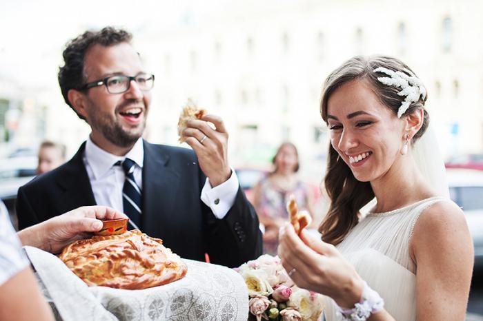 Как благословить сына на брак Благословение сына перед свадьбой 2