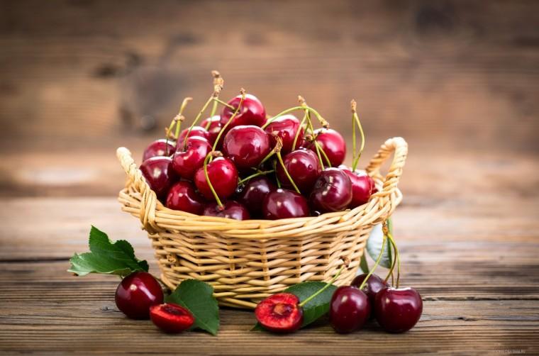 Красивые и прикольные картинки вишни - подборка изображений 13